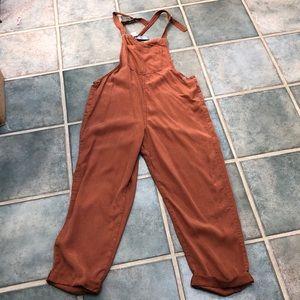 New Aerie overalls, Women's M